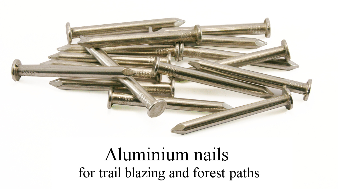 RIVIERRE Aluminium nails for trail blazing and forest paths